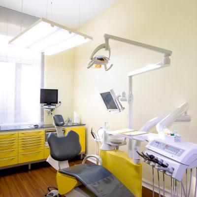 Praxis Dr. Oliver Samson Praxis - Behandlungsraum